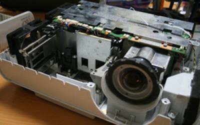 Качественные услуги: ремонт проекторов nec